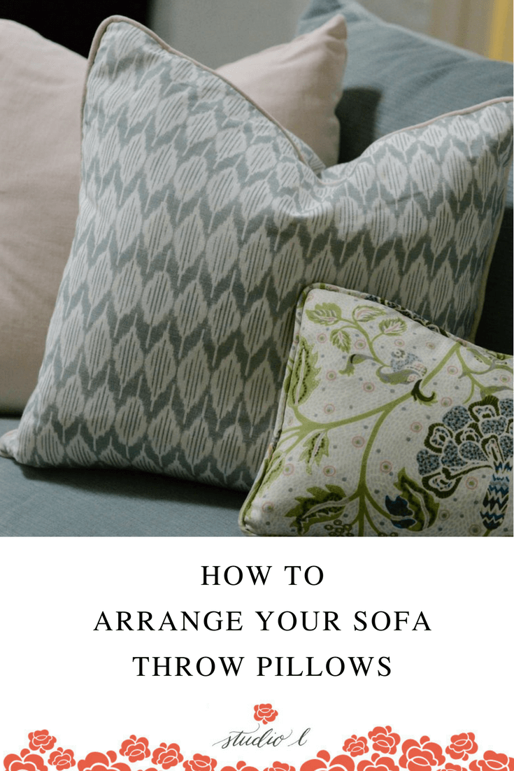 how-to-arrange-your-sofa-throw-pillows