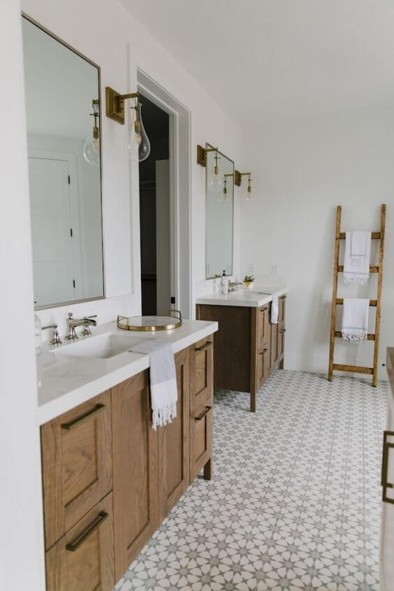 SOURCE: http://beckiowens.com/brizo-bathrooms/