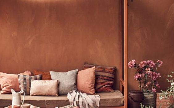 SOURCE:  https://freshidees.com/deco/la-couleur-terracotta-pour-rechauffer-votre-interieur/