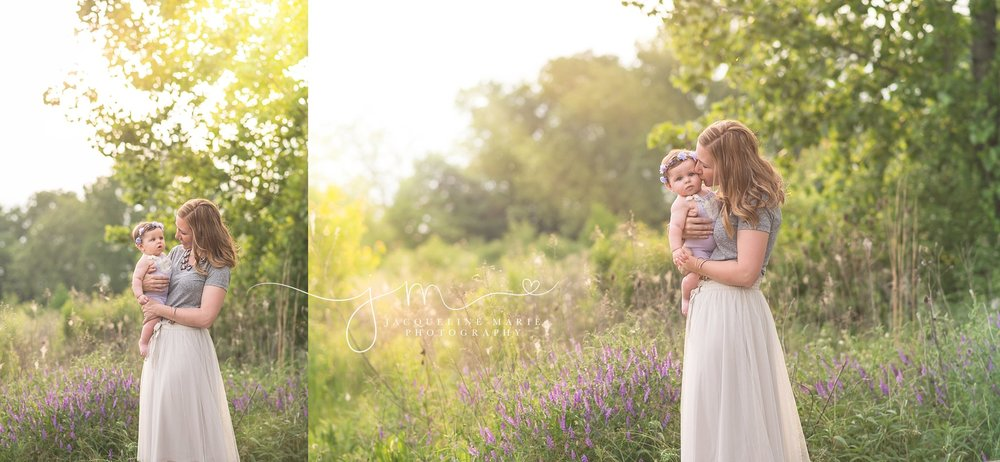 mother and daughter pose, mother holding baby potrait, mommy and me session, sunset family portraits, Columbus family portrait photographer
