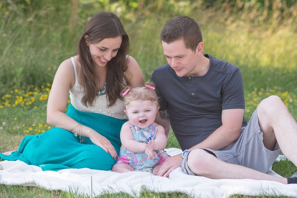family photography Columbus Ohio, outdoor family session, parent and child, family portraits