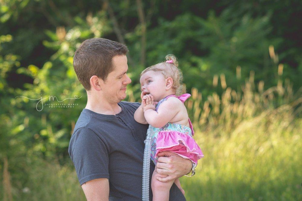 family photographer, family photographer Columbus Ohio, Ohio family photographer, father and daughter portrait