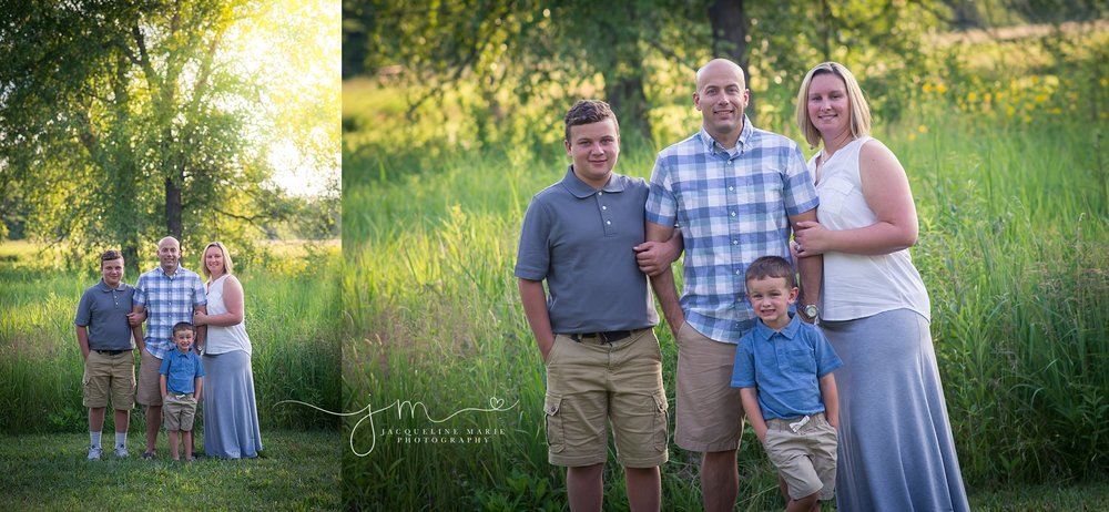Columbus Ohio family photograpy, Columbus family photographer, family portraits Columbus, sunset family session, family of four pose, Jacqueline Marie Photography LLC