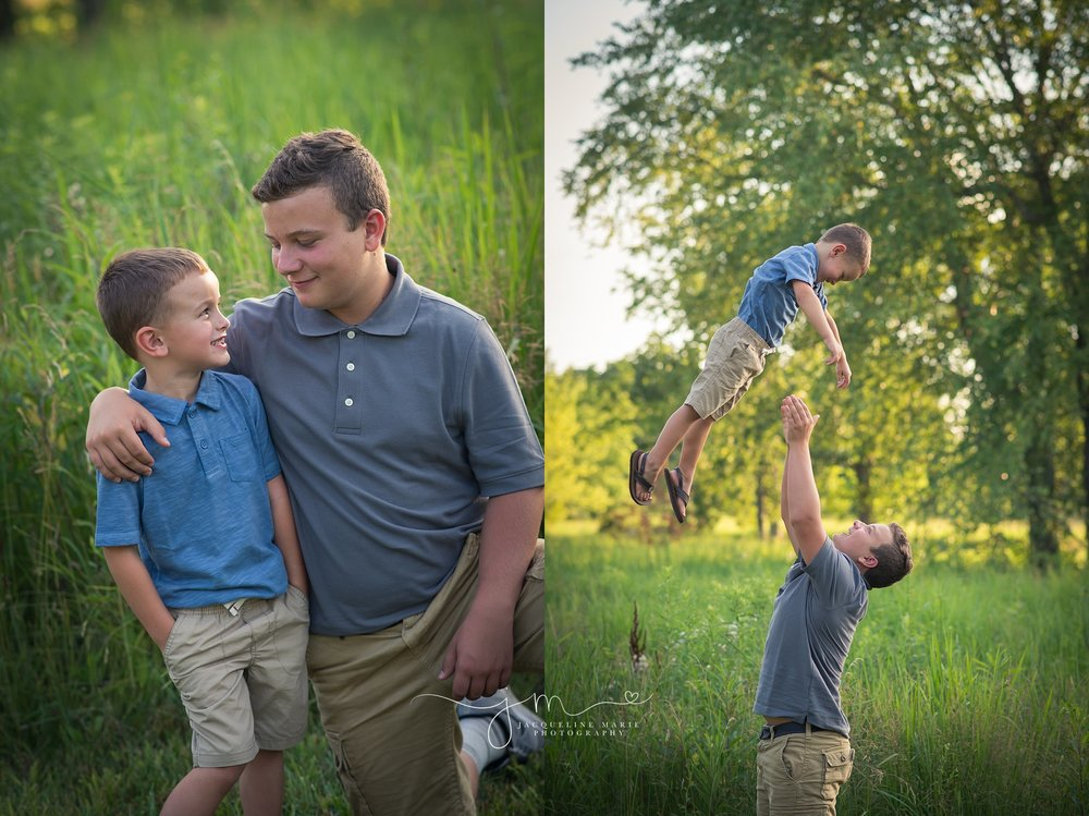 Child photographer Columbus Ohio, sibling photography, sibling pose, brothers, outdoor family session, Columbus Ohio