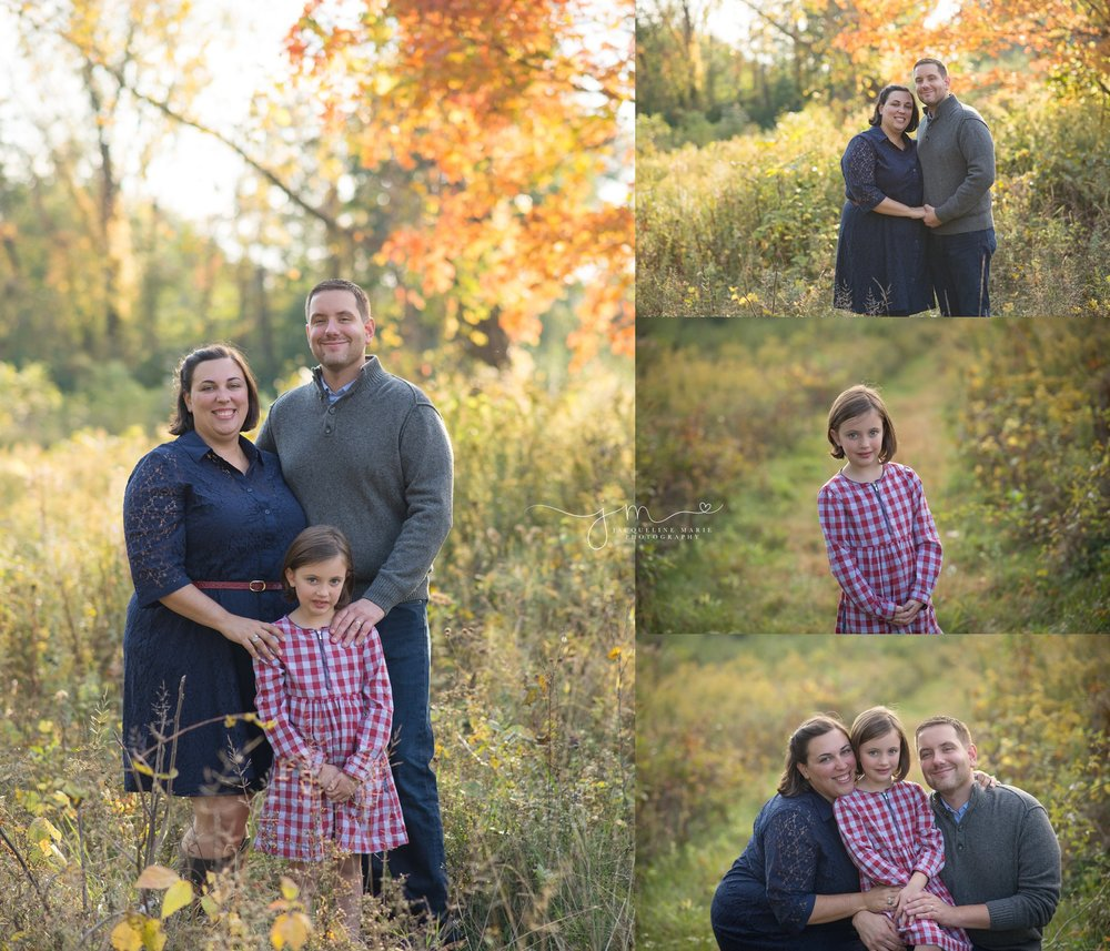 Familyphotography-outdoor-fall-session-at-Sharon-Woods-Metro-Park-located-in-Columbus-Ohio
