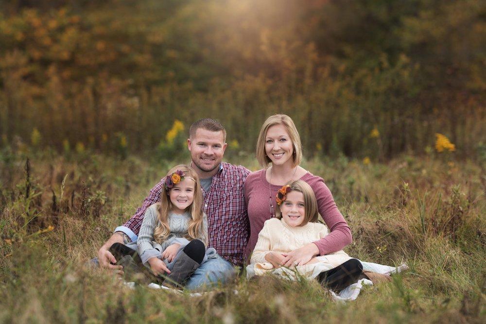 familyphotographer-columbushio-fall-familyphotography-jacquelinemariephotography-3.jpg