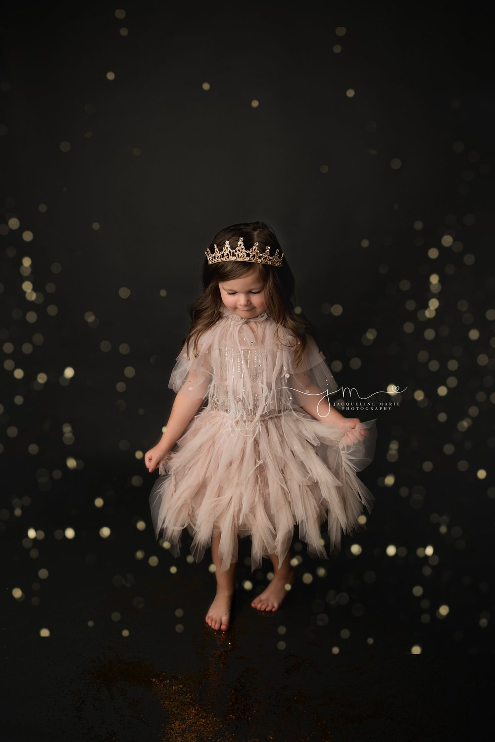 dancing and twirling during glitter photo session in columbus ohio