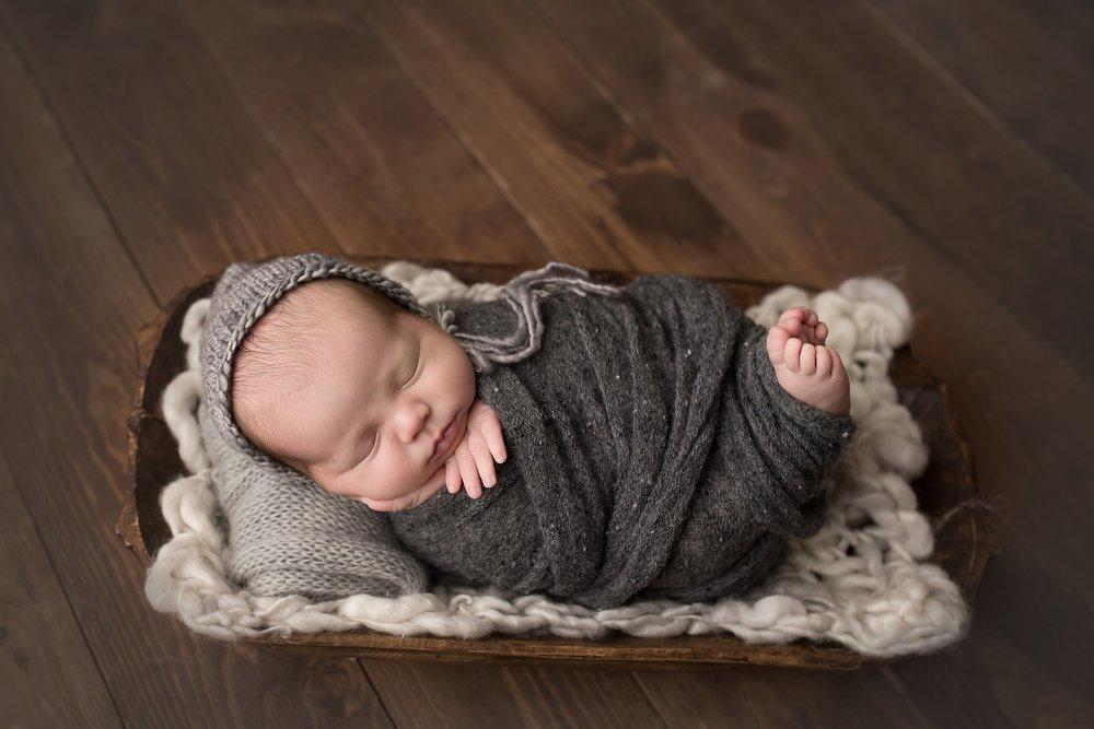 newborn photographer westerville ohio