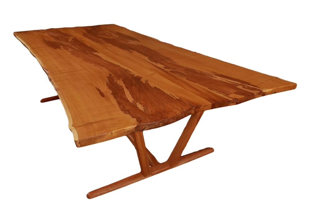 tablecutout.jpg