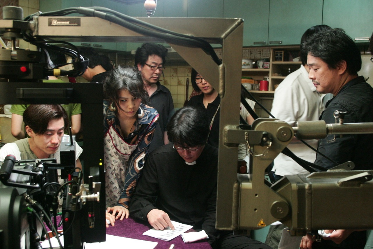 fuckyeahdirectors :     Park Chan Wook with cast and crew on the set of  Thirst      <3