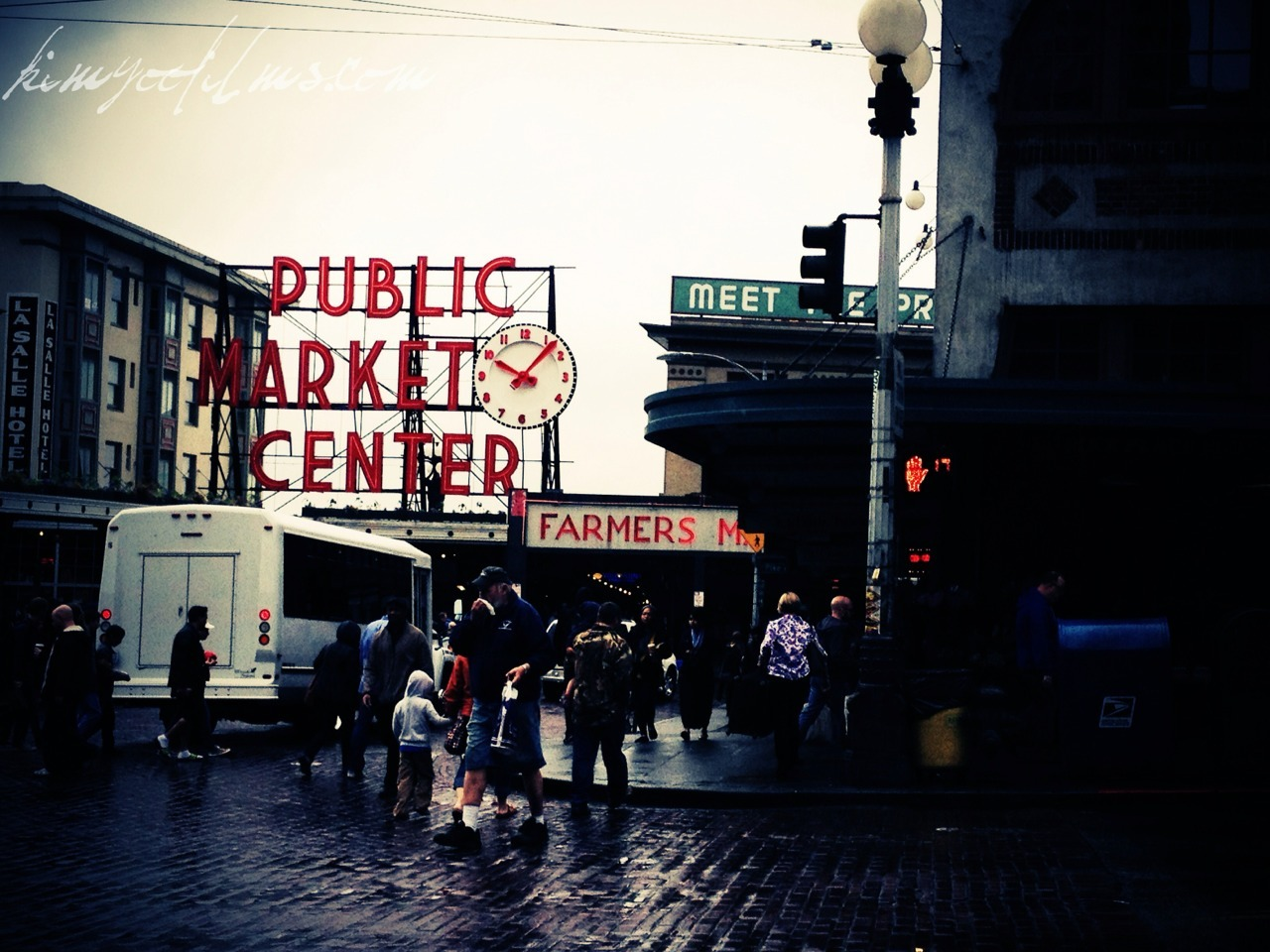 Went to Pike Place for breakfast before hopping on the train to head home.