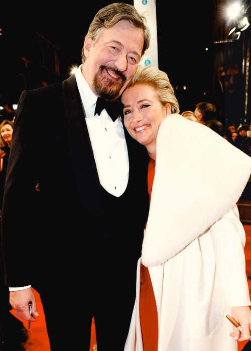 Emma Thompson and Stephen Fry at the EE British Academy Film Awards 2014      GOOD THING I'M SICK RIGHT NOW BECAUSE OTHERWISE MY HOUSE WOULD BE FULL OF SQUEE!!!!!!!!!!!! AHHHHHHHH!