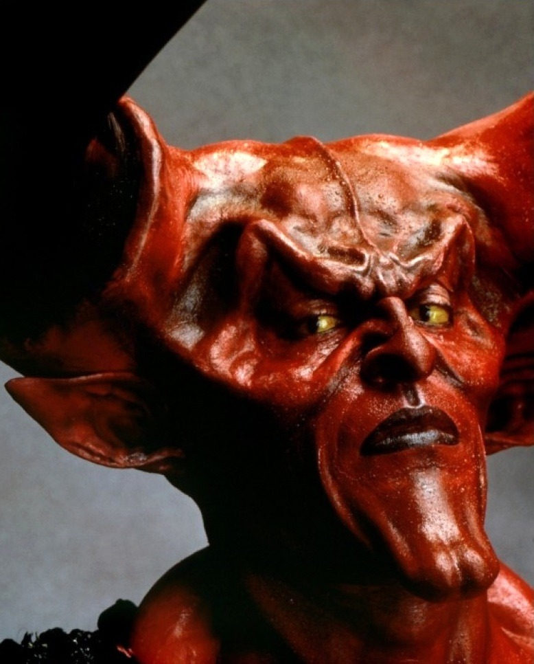 vintagesalt :       Tim Curry as Darkness,  Legend   (1985)      Gods, that make-up, though… Rob Bottin!