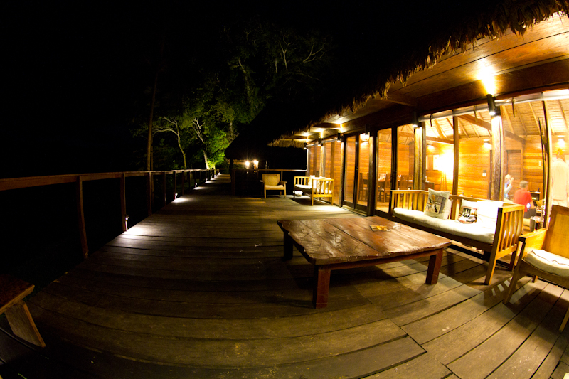 Pluma Lodge at night