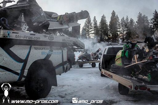 74_Backcountry _Backcountry United_Rack_Ski_Snowbike_Timbersled Rack_Tsaina Rack_CFR rack_Cheetah Factory Racing_gas Rack_Gear_Gun Rack_LinQ Snowboard/Ski_Snowboard rack_snowboard_Snowboarding_snowmo