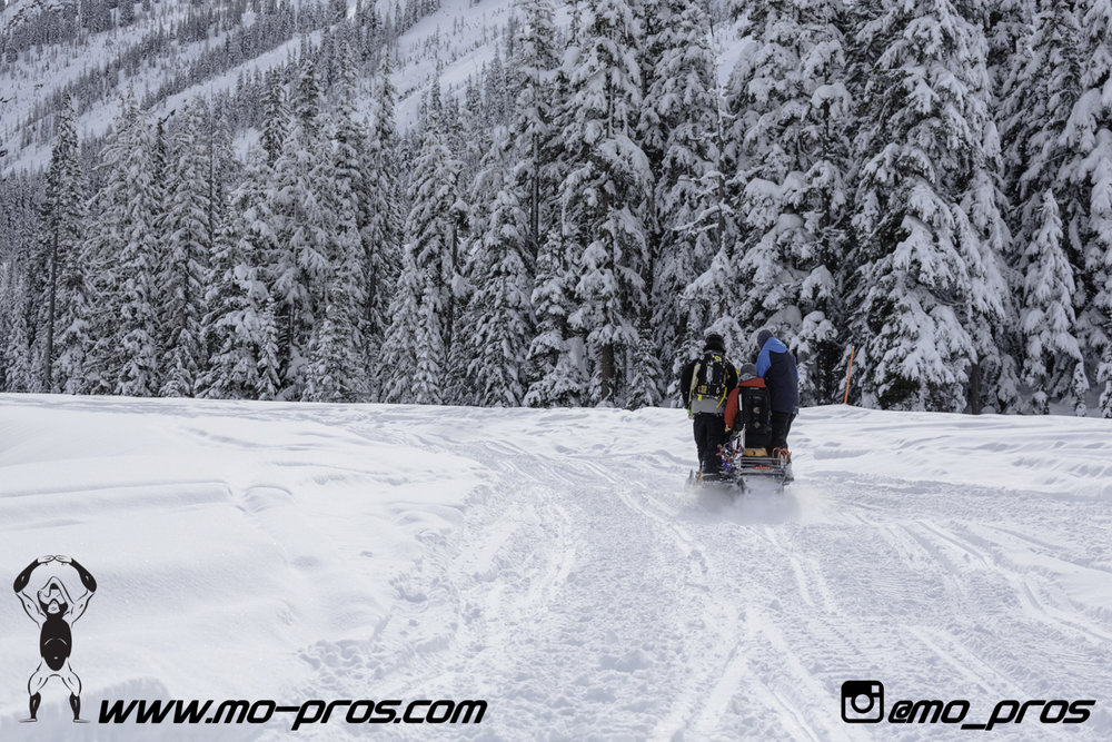 56_gas Rack_Gear_Gun Rack_LinQ Snowboard Ski_Ski_Snowbike_Timbersled Rack_Tsaina Rack_CFR rack_Cheetah Factory Racing_Snowboard rack_snowboard_Snowboarding_snowmobile bag_Snowmobile_timbersled bag_Ti.jpg