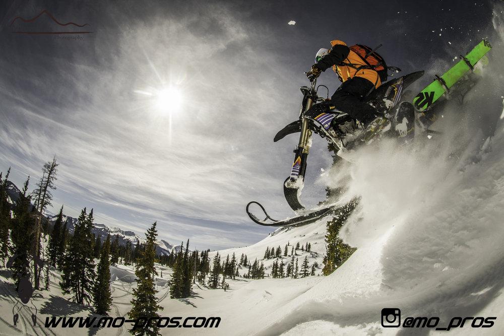 36_gas Rack_Gear_Gun Rack_LinQ Snowboard Ski_Ski_Snowbike_Timbersled Rack_Tsaina Rack_CFR rack_Cheetah Factory Racing_Snowboard rack_snowboard_Snowboarding_snowmobile bag_Snowmobile_timbersled bag_Ti.jpg