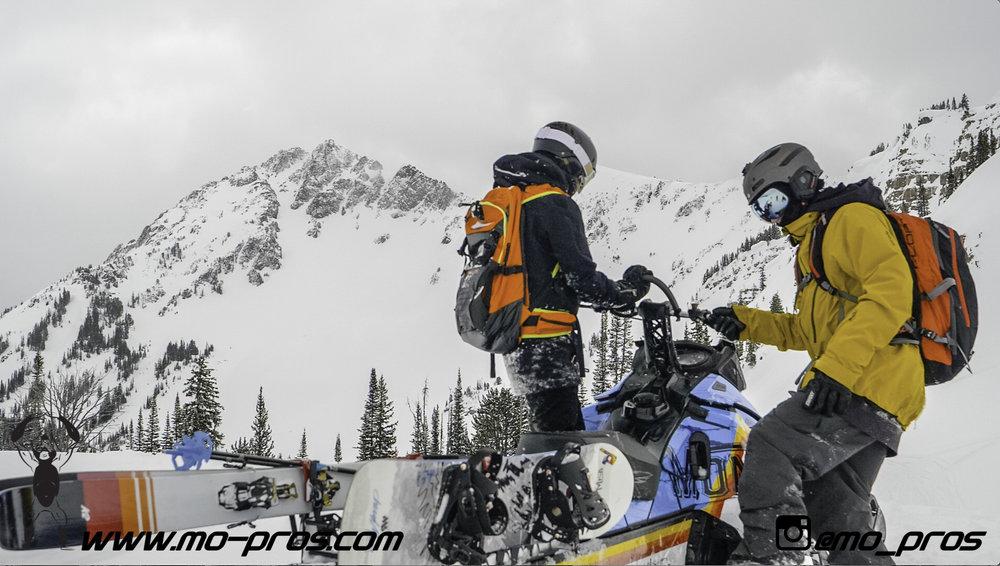 126_gas Rack_Gear_Gun Rack_LinQ Snowboard Ski_Ski_Snowbike_Timbersled Rack_Tsaina Rack_CFR rack_Cheetah Factory Racing_Snowboard rack_snowboard_Snowboarding_snowmobile bag_Snowmobile_timbersled bag_T.jpg