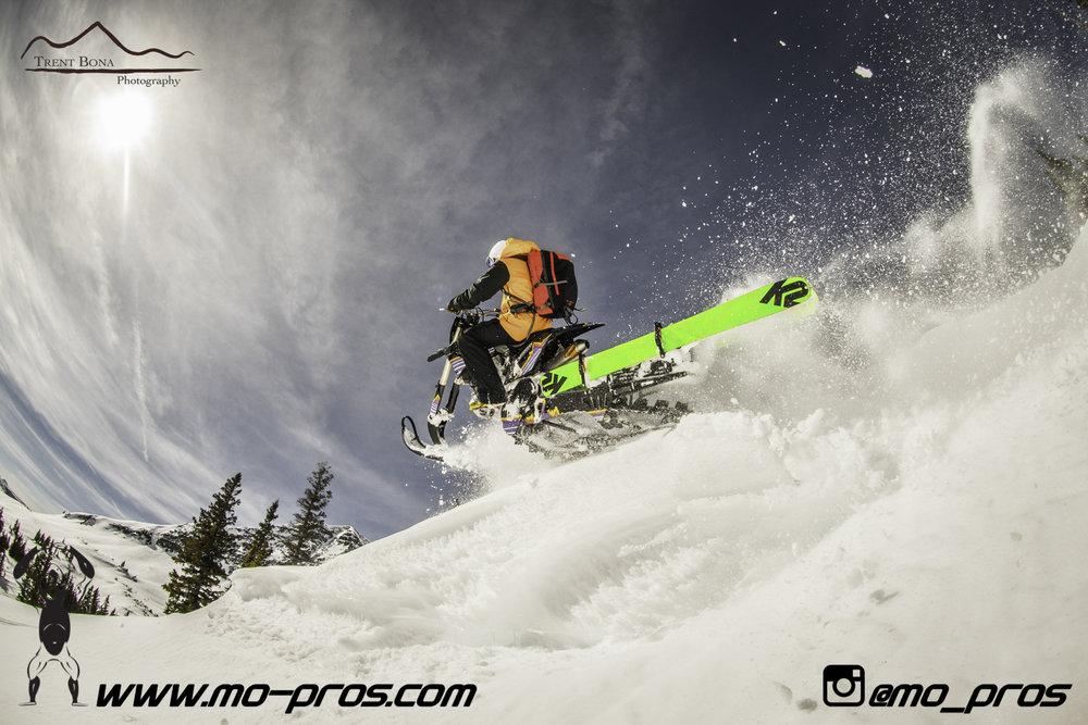37_snowmobile bag_Snowmobile_timbersled bag_gas Rack_Gear_Gun Rack_LinQ Snowboard Ski_Ski_Snowbike_Timbersled Rack_Tsaina Rack_CFR rack_Cheetah Factory Racing_Snowboard rack_snowboard_Snowboarding_Ti.jpg