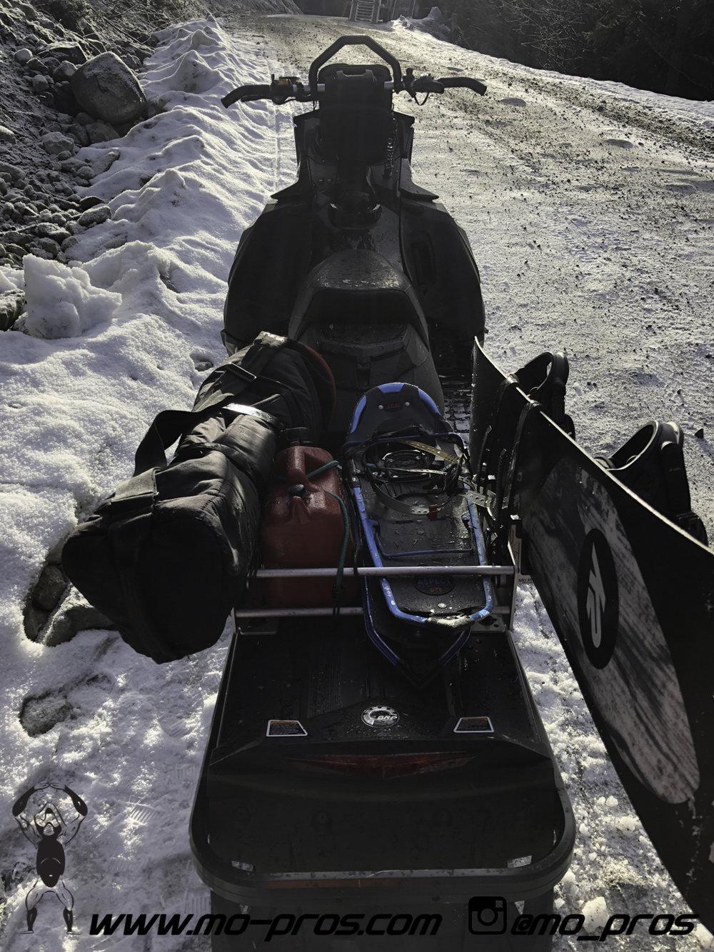 77_snowmobile bag_Snowmobile_timbersled bag_gas Rack_Gear_Gun Rack_LinQ Snowboard Ski_Ski_Snowbike_Timbersled Rack_Tsaina Rack_CFR rack_Cheetah Factory Racing_Snowboard rack_snowboard_Snowboarding_Ti.jpg
