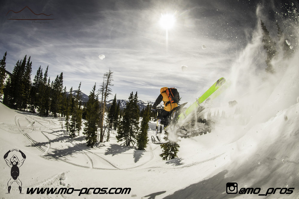 35_Ski_Snowbike_Timbersled Rack_Tsaina Rack_CFR rack_Cheetah Factory Racing_gas Rack_Gear_Gun Rack_LinQ Snowboard Ski_Snowboard rack_snowboard_Snowboarding_snowmobile bag_Snowmobile_timbersled bag_Ti.jpg