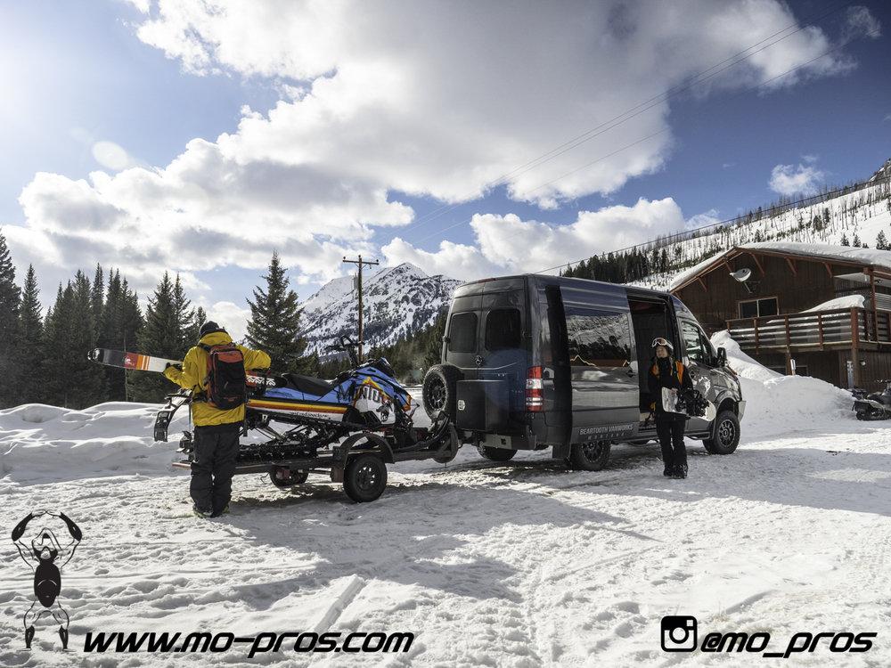 95_Ski_Snowbike_Timbersled Rack_Tsaina Rack_CFR rack_Cheetah Factory Racing_gas Rack_Gear_Gun Rack_LinQ Snowboard Ski_Snowboard rack_snowboard_Snowboarding_snowmobile bag_Snowmobile_timbersled bag_Ti.jpg