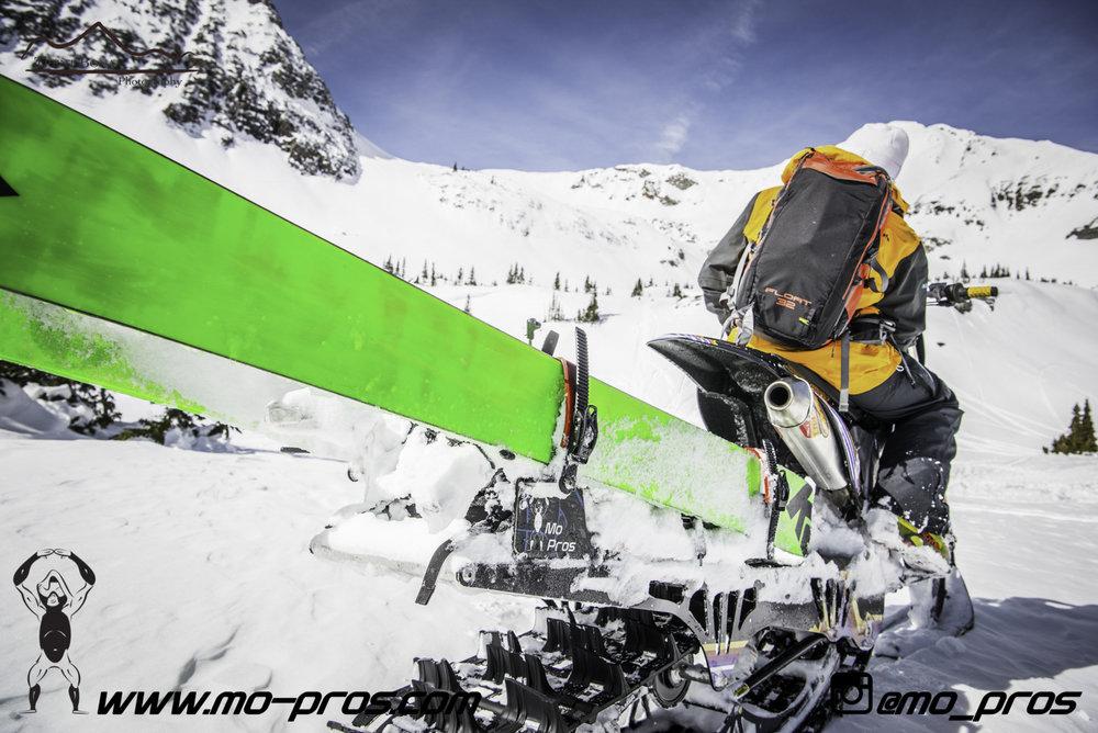 27_snowmobile bag_Snowmobile_timbersled bag_gas Rack_Gear_Gun Rack_LinQ Snowboard Ski_Ski_Snowbike_Timbersled Rack_Tsaina Rack_CFR rack_Cheetah Factory Racing_Snowboard rack_snowboard_Snowboarding_Ti.jpg
