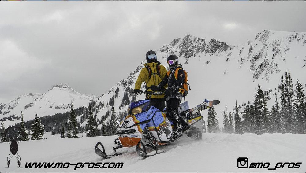 124_Backcountry _Backcountry United_Rack_Ski_Snowbike_Timbersled Rack_Tsaina Rack_CFR rack_Cheetah Factory Racing_gas Rack_Gear_Gun Rack_LinQ Snowboard Ski_Snowboard rack_snowboard_Snowboarding_snowm.jpg