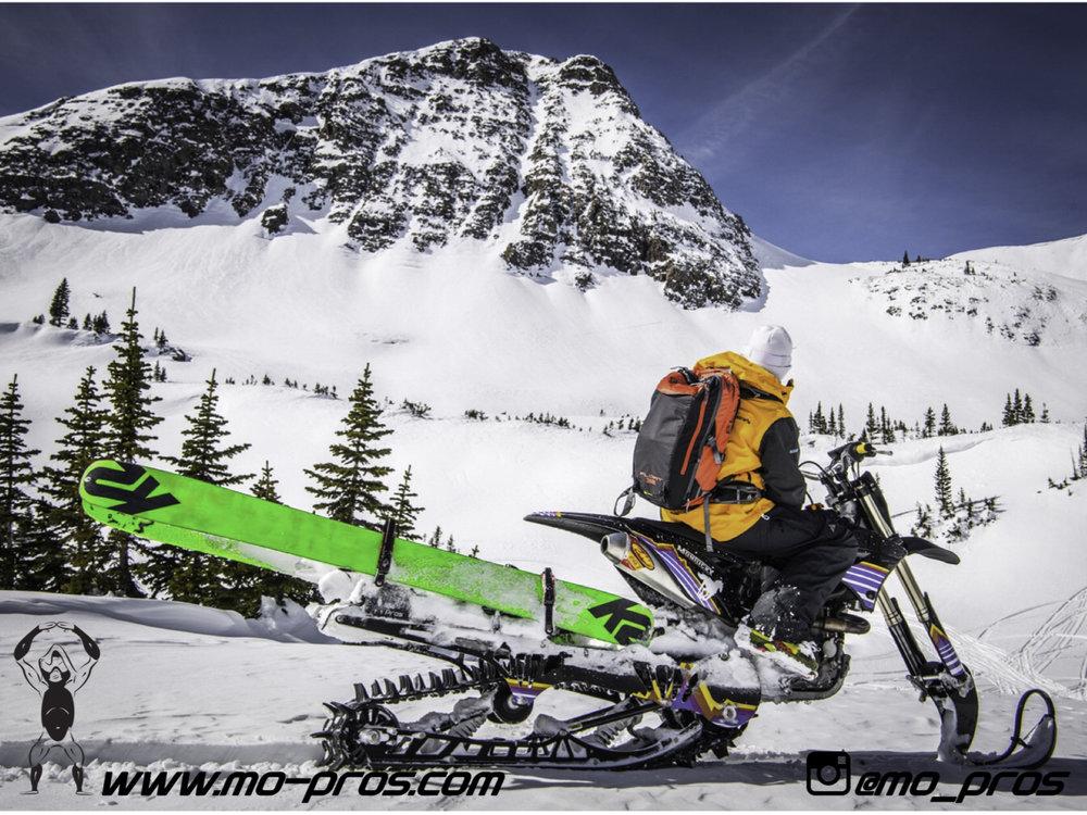 44_Backcountry _Backcountry United_Rack_Ski_Snowbike_Timbersled Rack_Tsaina Rack_CFR rack_Cheetah Factory Racing_gas Rack_Gear_Gun Rack_LinQ Snowboard Ski_Snowboard rack_snowboard_Snowboarding_snowmo.jpg