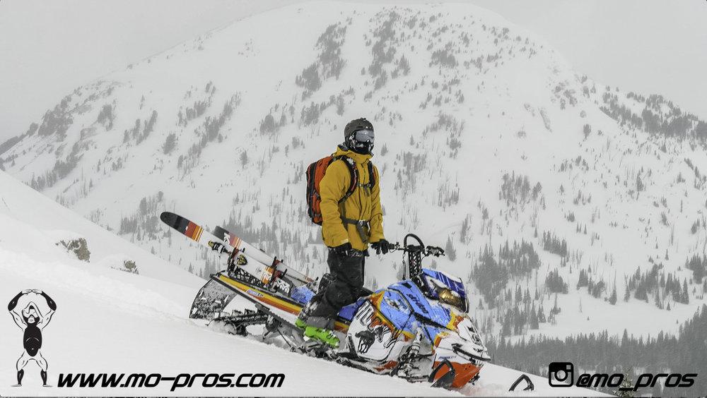118_CFR rack_Cheetah Factory Racing_Snowboard rack_snowboard_snowmobile bag_Snowmobile_timbersled bag_gas Rack_Gear_Gun Rack_LinQ Snowboard Ski_Ski_Snowbike_Timbersled Rack_Tsaina Rack_Snowboarding_T.jpg