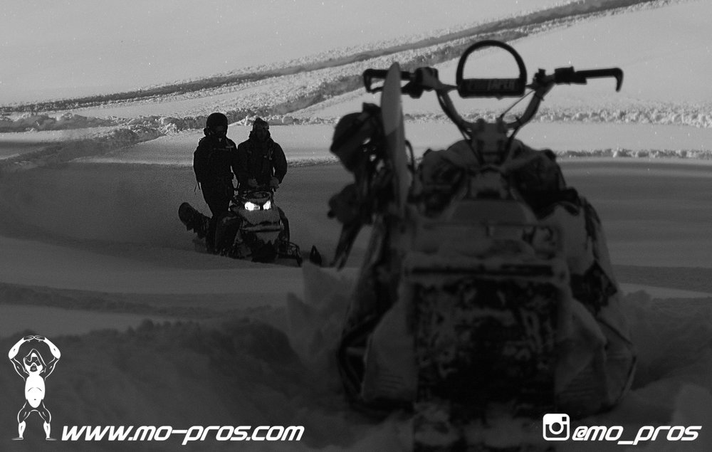 1_Backcountry _Backcountry United_CFR rack_Cheetah Factory Racing_gas Rack_Gear_Gun Rack_LinQ Snowboard Ski_Rack_Ski_Snowbike_snowboard_Snowboard rack_Snowboarding_Snowmobile_snowmobile bag_timbersle.jpg