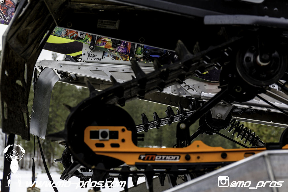 4_Backcountry _Backcountry United_Rack_Ski_Snowbike_Timbersled Rack_Tsaina Rack_CFR rack_Cheetah Factory Racing_gas Rack_Gear_Gun Rack_LinQ Snowboard Ski_Snowboard rack_snowboard_Snowboarding_snowmob.jpg