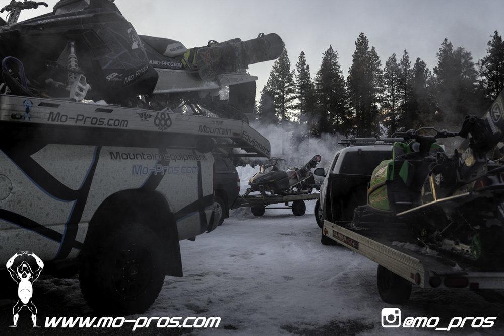 7_snowmobile bag_Snowmobile_timbersled bag_gas Rack_Gear_Gun Rack_LinQ Snowboard Ski_Ski_Snowbike_Timbersled Rack_Tsaina Rack_CFR rack_Cheetah Factory Racing_Snowboard rack_snowboard_Snowboarding_Tim.jpg