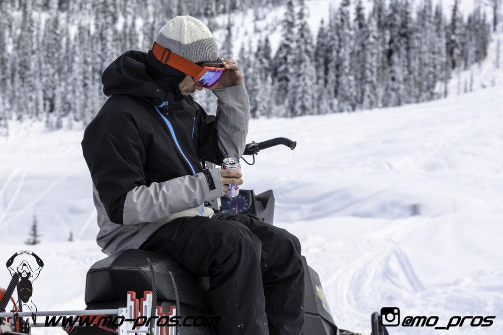 65_Ski_Snowbike_Timbersled Rack_Tsaina Rack_CFR rack_Cheetah Factory Racing_gas Rack_Gear_Gun Rack_LinQ Snowboard Ski_Snowboard rack_snowboard_Snowboarding_snowmobile bag_Snowmobile_timbersled bag_Ti.jpg
