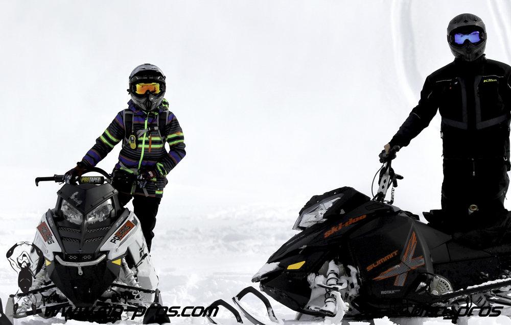 52_Tsaina Rack_Timbersled rack_Timbersled Rack_timbersled bag_snowmobile bag_Snowmobile_Snowboarding_Snowboard rack_snowboard_Snowbike_Ski_Rack_LinQ Snowboard Ski_Gun Rack_Gear_gas Rack_Cheetah Facto.jpg