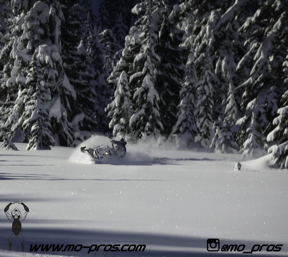 48_CFR rack_Cheetah Factory Racing_Snowboard rack_snowboard_snowmobile bag_Snowmobile_timbersled bag_gas Rack_Gear_Gun Rack_LinQ Snowboard Ski_Ski_Snowbike_Timbersled Rack_Tsaina Rack_Snowboarding_Ti.jpg