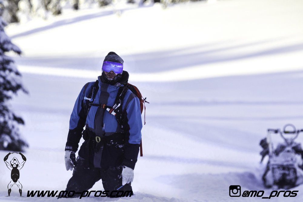 47_snowmobile bag_Snowmobile_timbersled bag_gas Rack_Gear_Gun Rack_LinQ Snowboard Ski_Ski_Snowbike_Timbersled Rack_Tsaina Rack_CFR rack_Cheetah Factory Racing_Snowboard rack_snowboard_Snowboarding_Ti.jpg