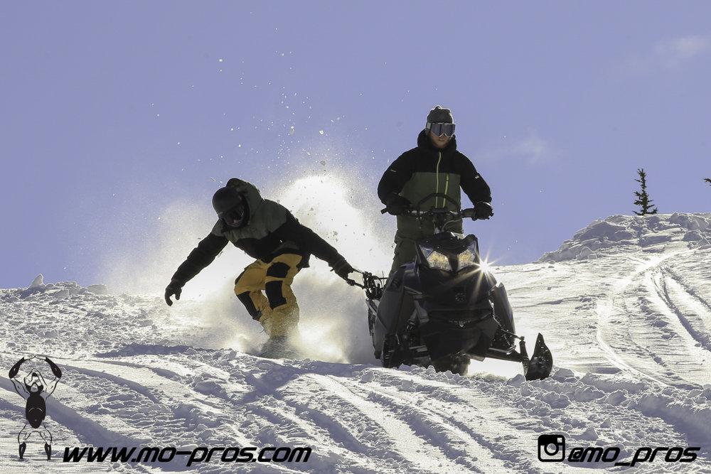 84_Backcountry _Backcountry United_Rack_Ski_Snowbike_Timbersled Rack_Tsaina Rack_CFR rack_Cheetah Factory Racing_gas Rack_Gear_Gun Rack_LinQ Snowboard Ski_Snowboard rack_snowboard_Snowboarding_snowmo.jpg