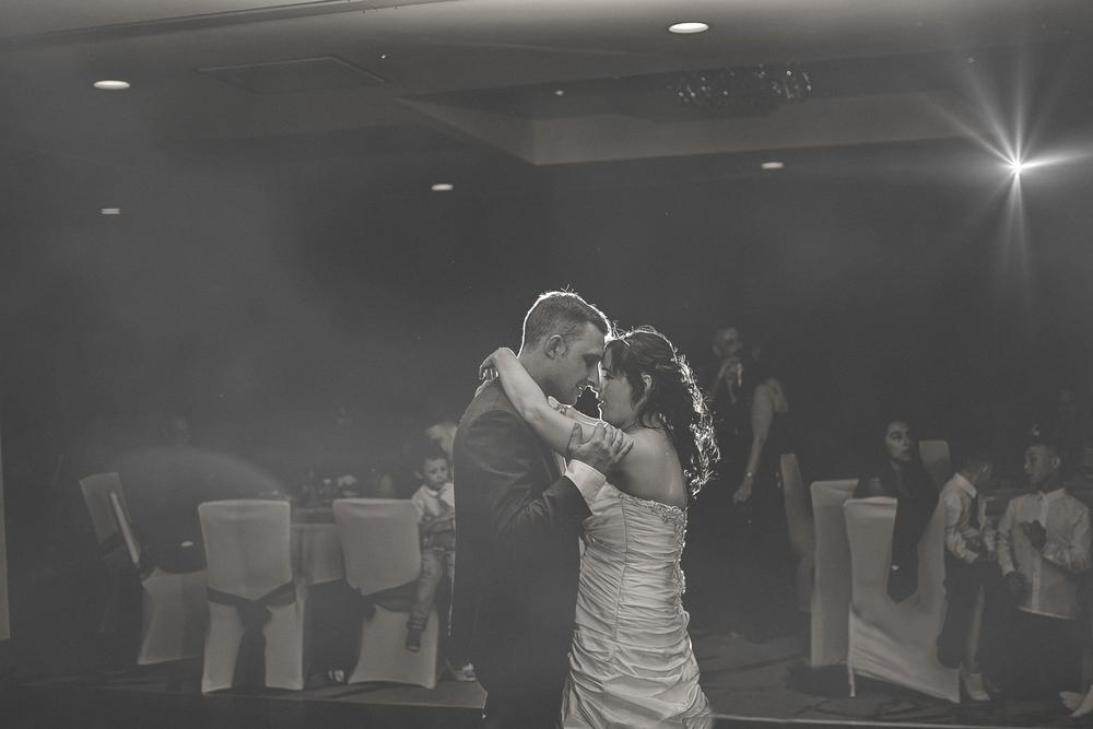 First-dance-wedding-photography-doubletree-nottingham