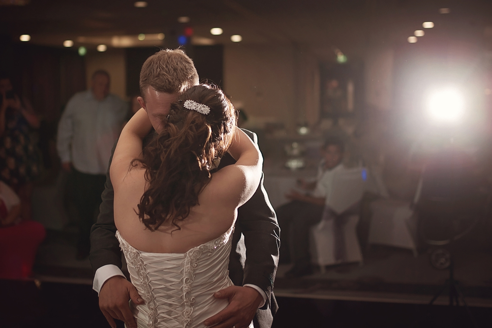 Doubletree-nottingham-first-dance-photography