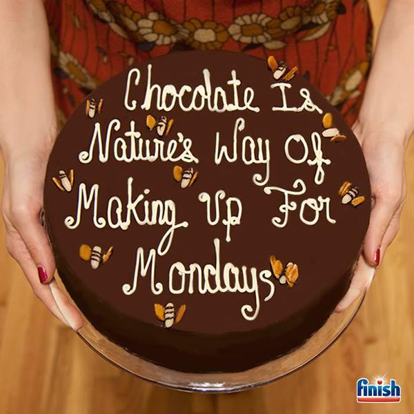 @vmyselfandi Finish Chocolate Cake.jpg