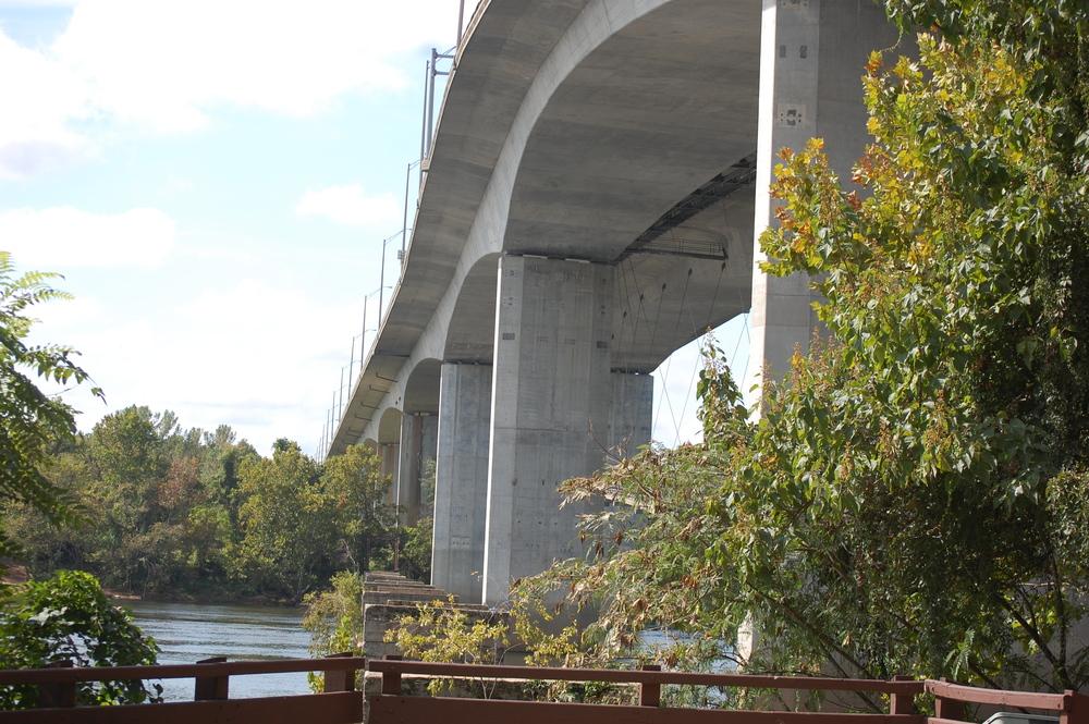 Lee bridge.jpg