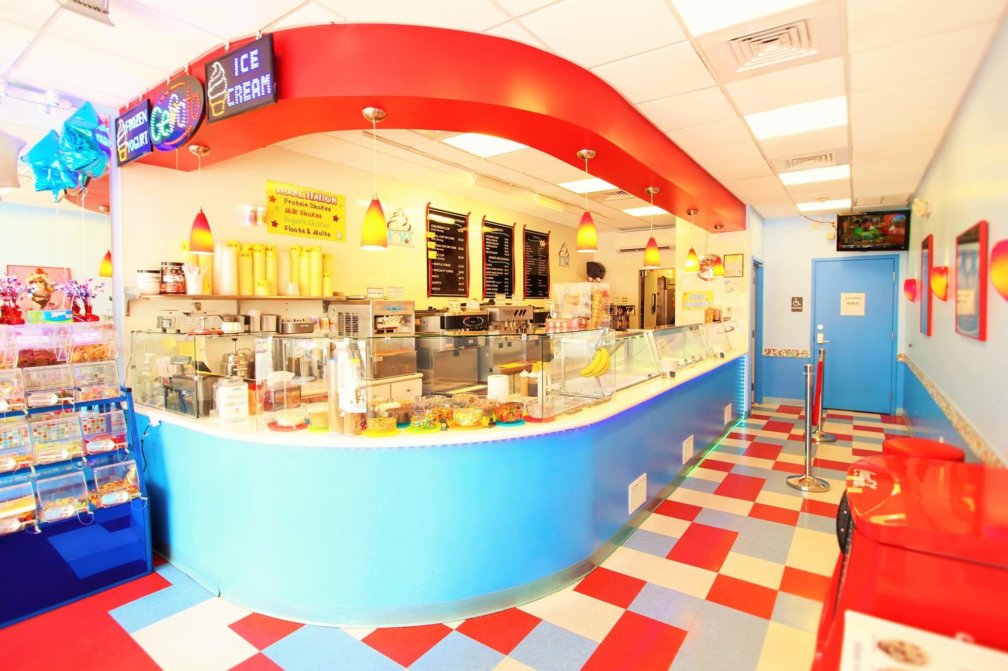Delray Beach's favorite ice cream and frozen yogurt location! Finding delicious
