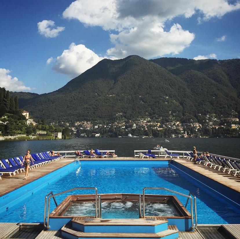 How sweet is this pool!?Image via   @lweatherbee  on Instagram.