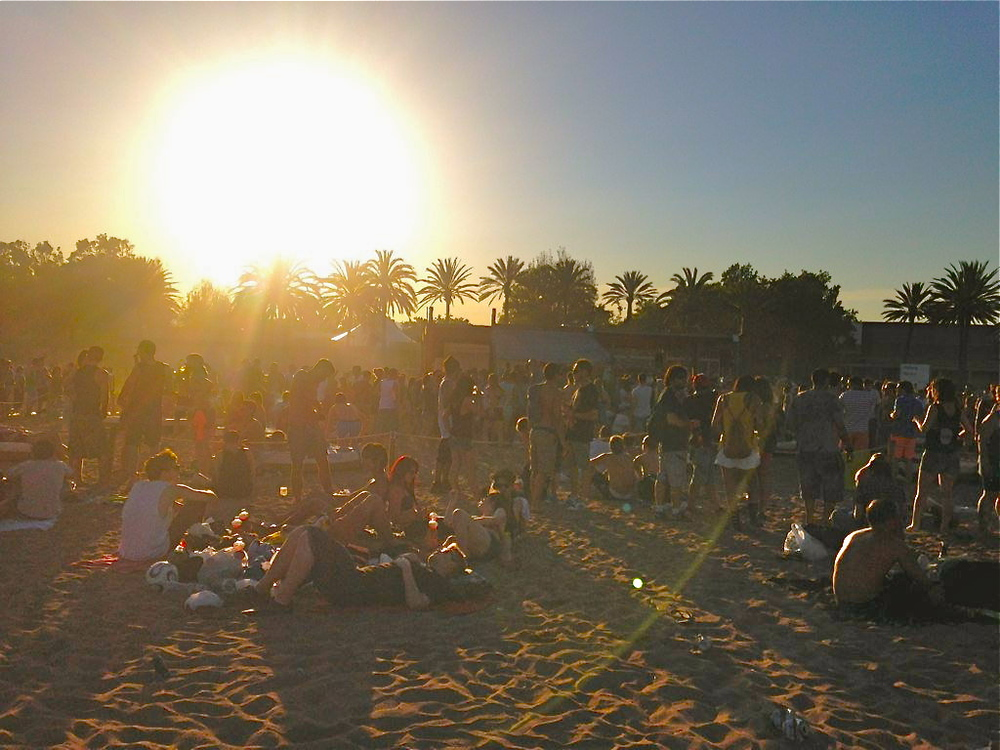 sant adria de besos barcelona beach party