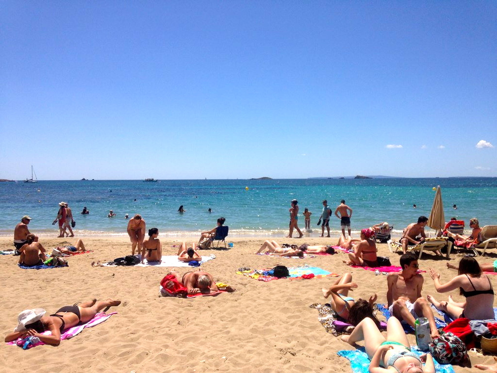 ibiza beach travel blogger
