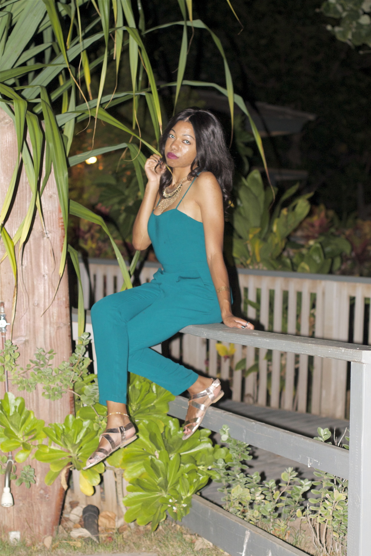 black travel blogger at luau