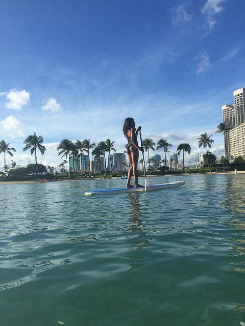 hilton hawaiian village lagoon paddleboarding