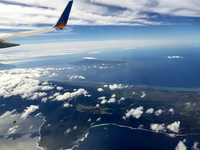 flight over hawaii island