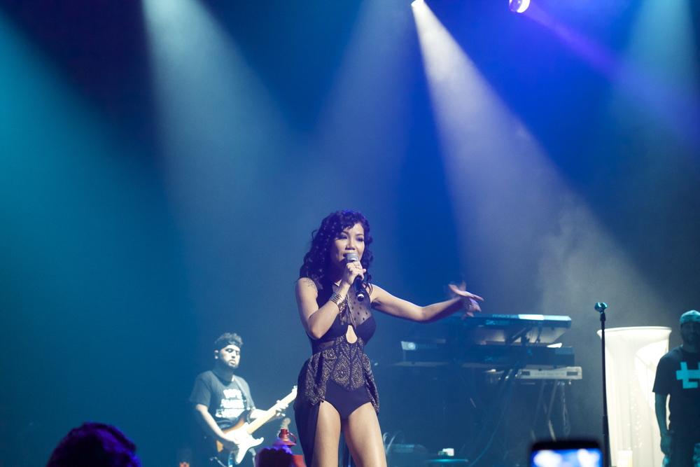Jhene Aiko SZA Tour Los Angeles